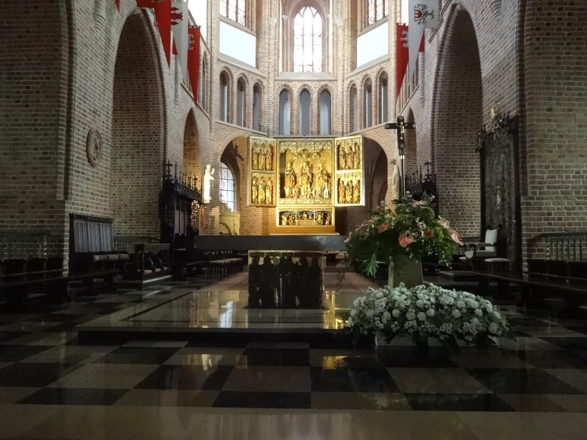 Balade dans Poznan, l'intérieur de la cathédrale