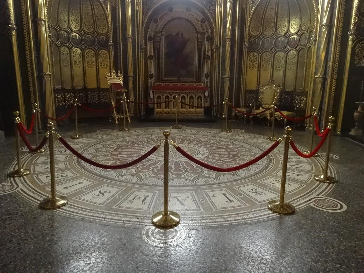 Intérieur de la cathédrale de Poznan