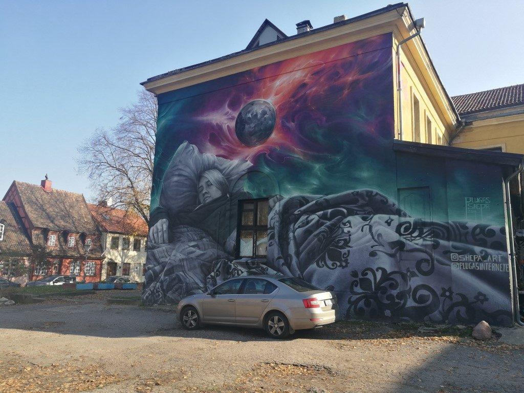 Un mur entier peint à Klaipeda