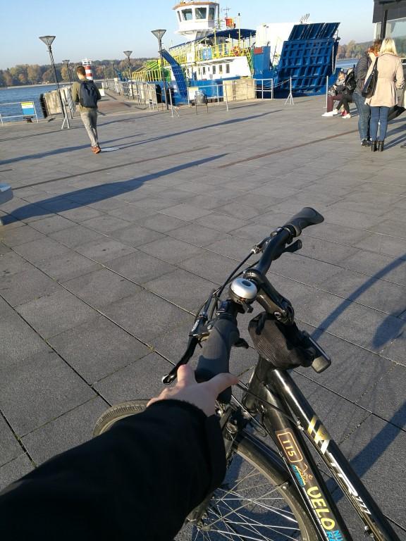 Le vélo au départ de Klaipeda avant de prendre le ferry