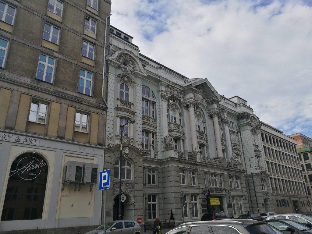 Une rue du quartier soviétiquVarsovie