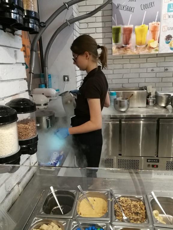 La fabrication des glaces à l'azote liquide