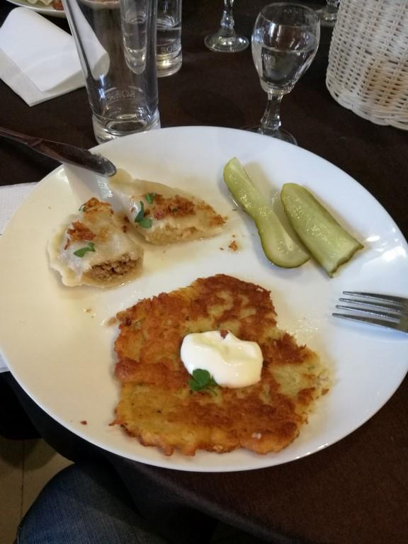 Un échantillon de plat principal typique de Pologne
