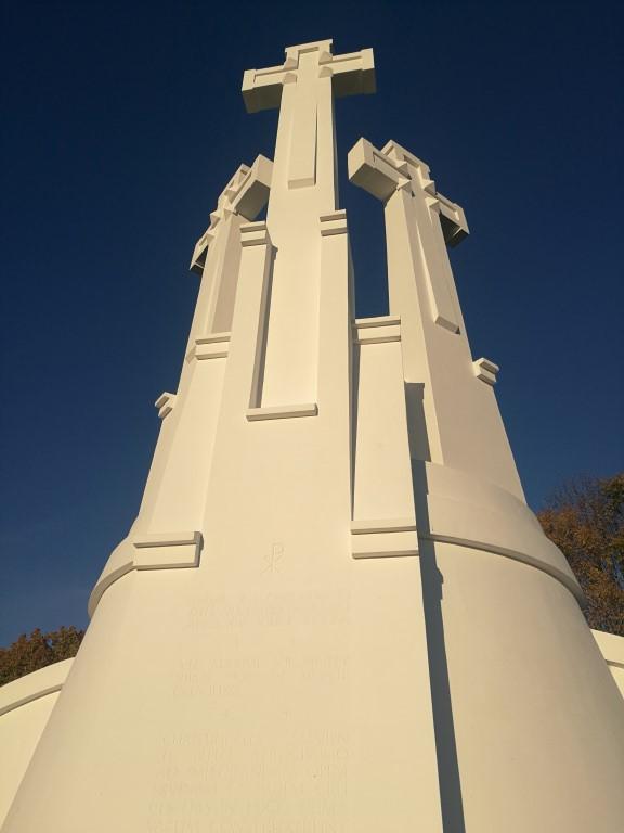 la colline des 3 croix, monument à la gloire de la Lituanie