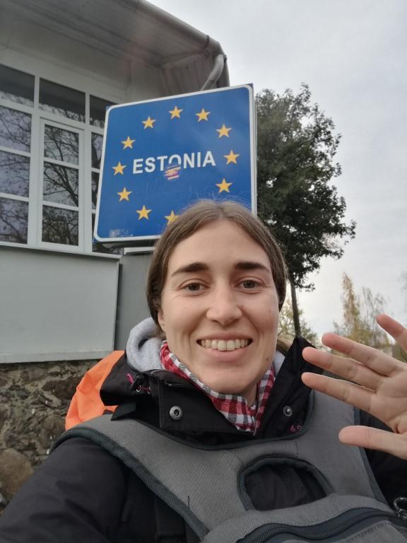 Passage de la frontière entre la Lettonie et l'Estonie... à pied !