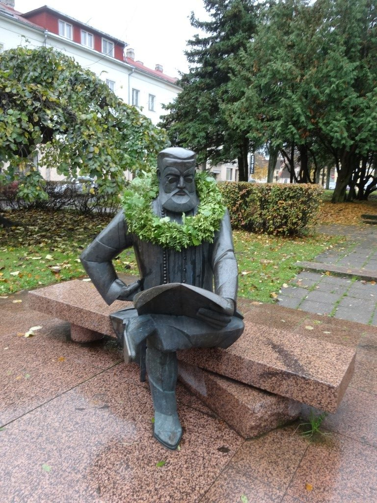 Statue de C.R Jakobson, fondateur du journal Sakala à Viljandi