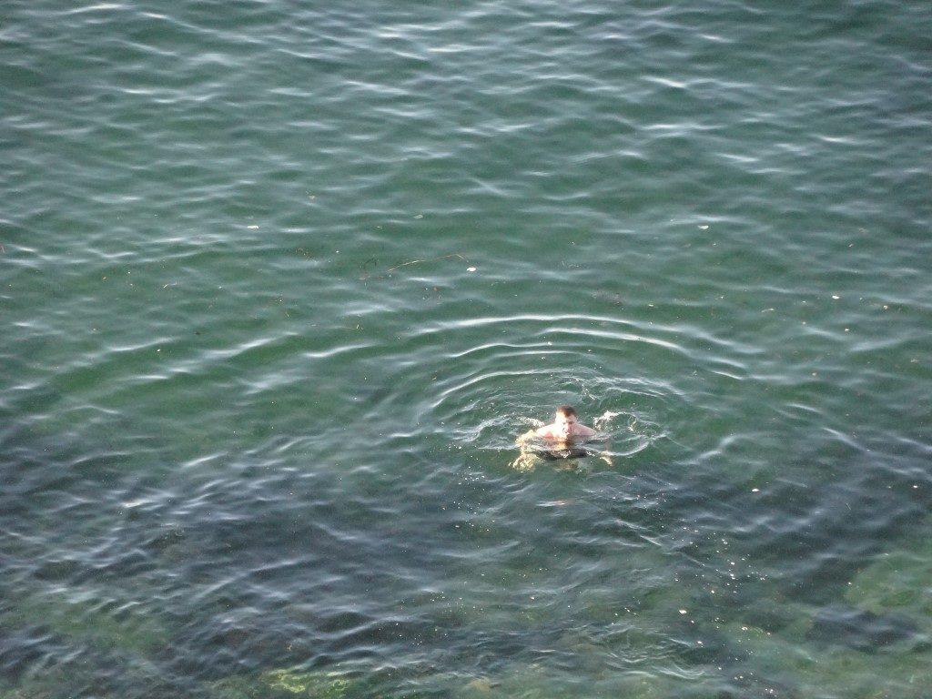 Une baigneur dans la mer du Japon à Vladivostok
