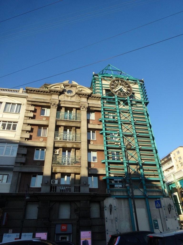 Un des bâtiments dans les rues de Vladivostok