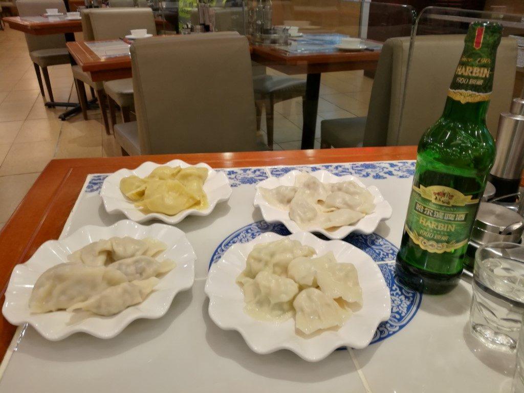 Un assortiment de raviolis chinois à déguster
