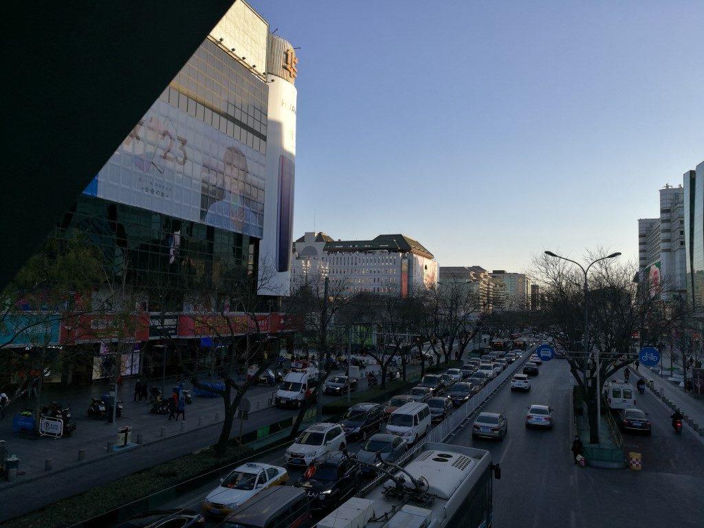 La rue des centres commerciaux
