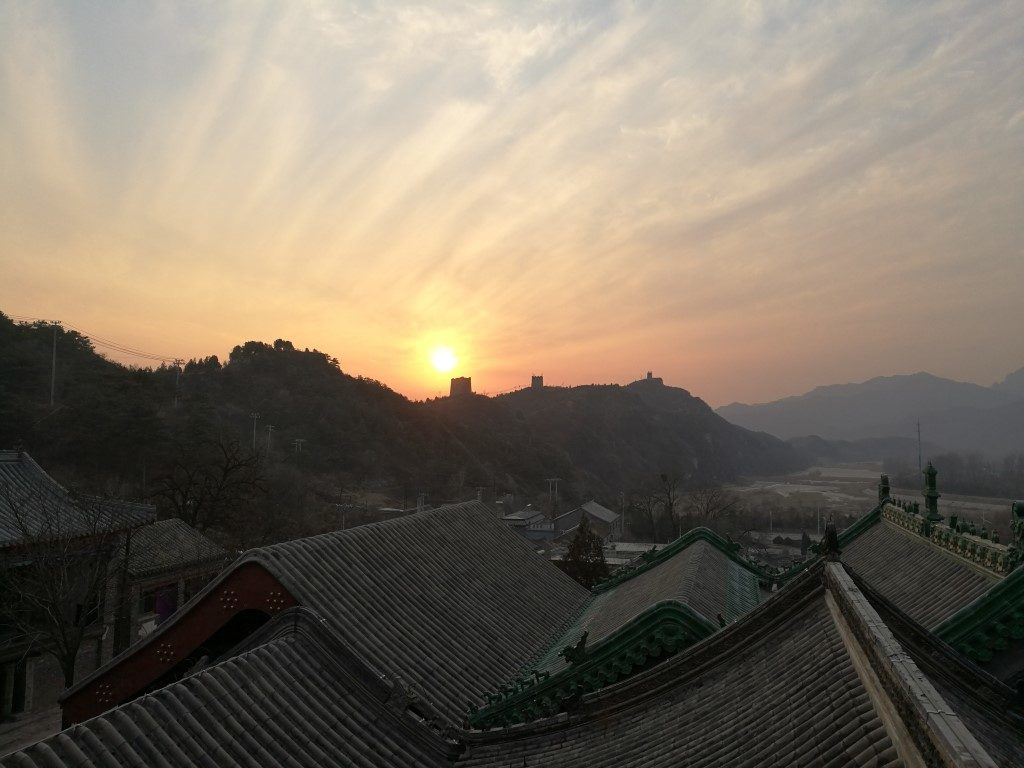 Le coucher de soleil sur Gubeiku et la Grande Muraille