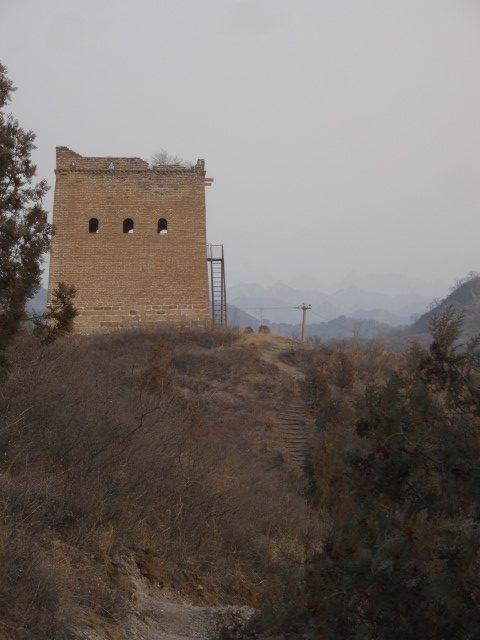 Une des tours restaurées de la Grande Muraille à Gubeiku