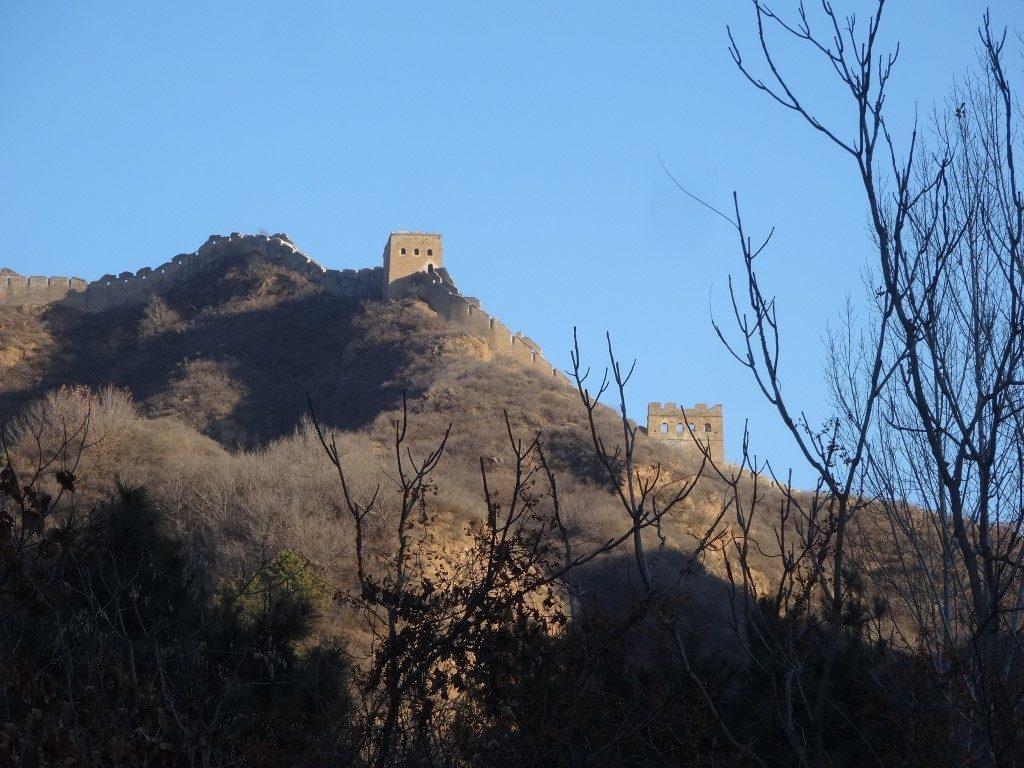 Les tours et la muraille une fois descendus de la montagne