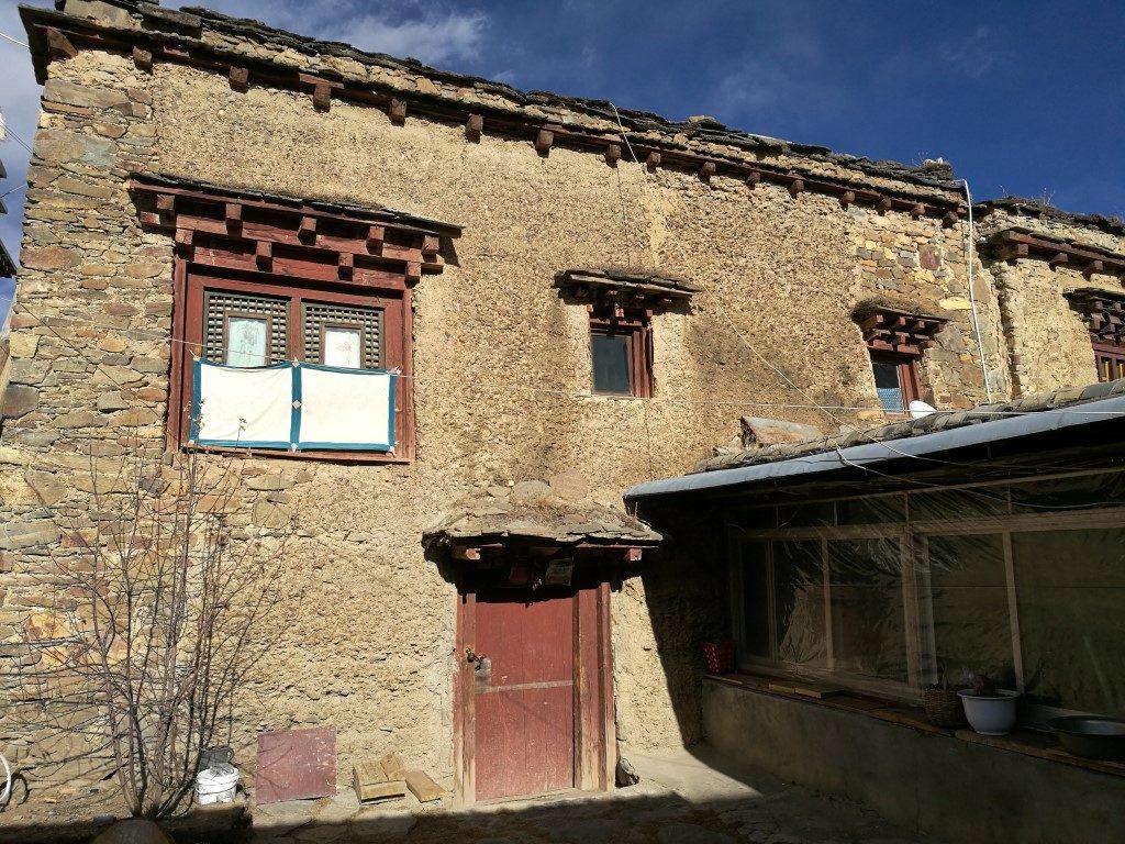 Une maison à l'architecture traditionnelle