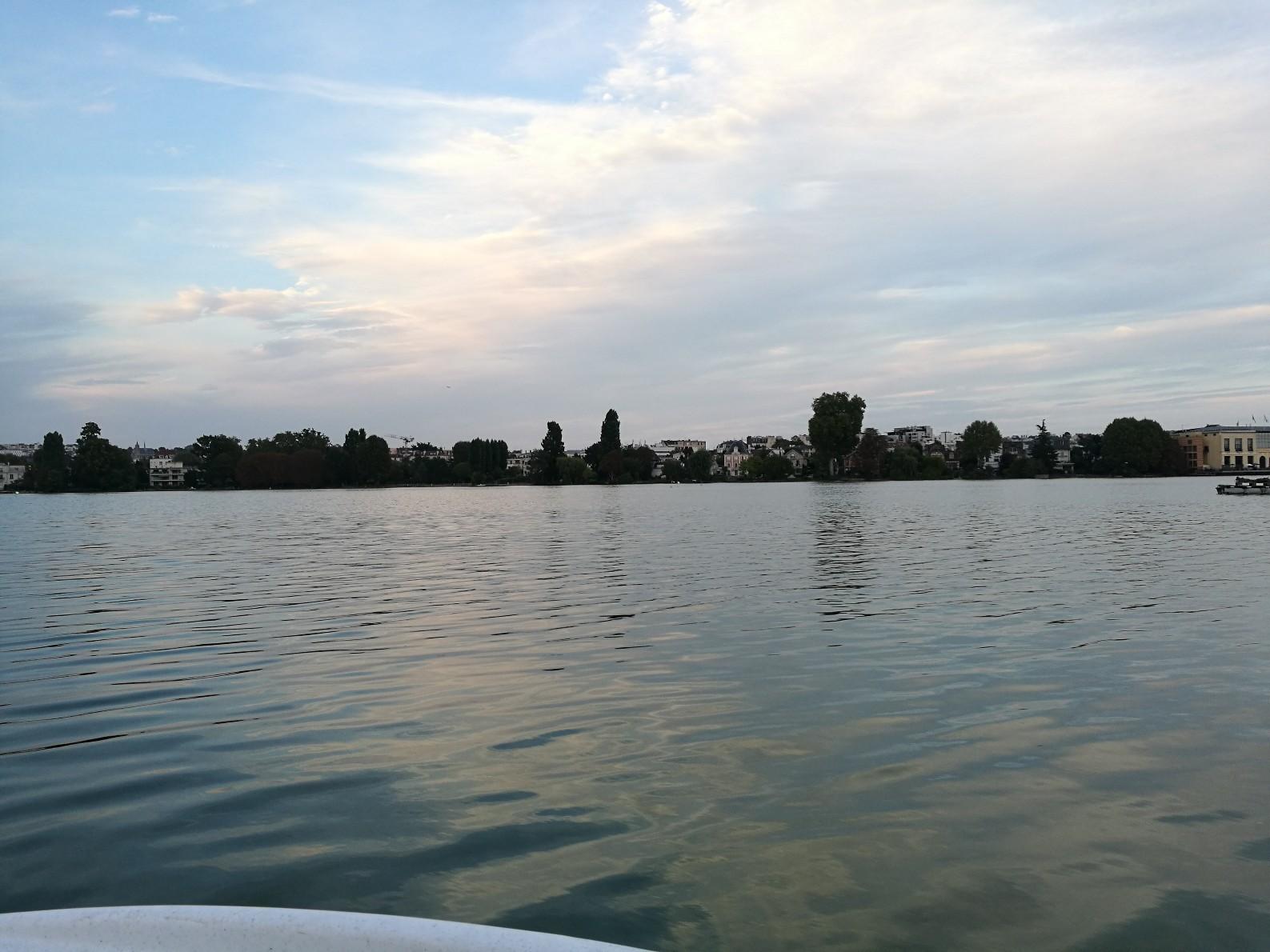 La Lac d'Enghein au couché du soleil