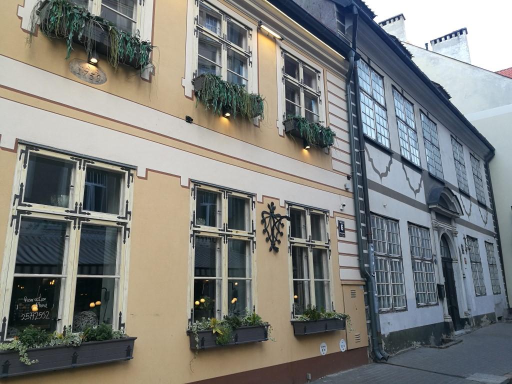 Des batiments rénovés dans la vieille ville de Riga