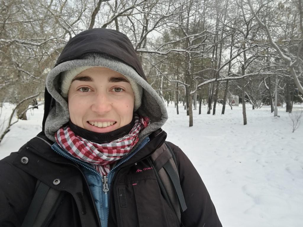 En explorant Novosibirsk dans la neige en Sibérie
